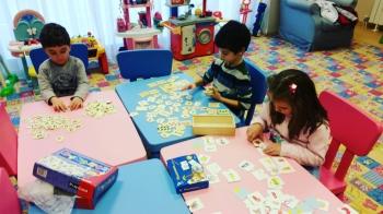 Детска занималня с английски език и изкуства за деца от 3 до 6 год.